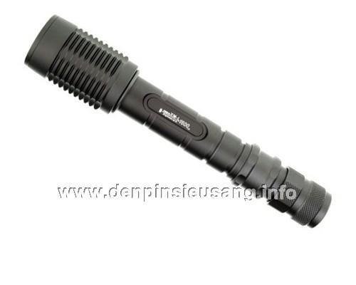 Đèn pin siêu sáng Ultrafire Z5 800 lumen zoom