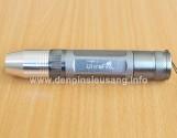 """<div class=""""at-above-post-arch-page addthis_tool"""" data-url=""""http://denpinsieusang.info/den-soi-da-ultrafire/""""></div>Đèn pin siêu sáng ánh sáng vàng gom nhỏ, dùng để soi kiểm tra đá quý, cẩm thạch, kim cương, các chi tiết nhỏ… Thông số kĩ thuật: – Led CREE Q5 vàng 3800k – Độ sáng 200 lumen – Kích thướt: 132mm x 15mm x 22mm – Trọng lượng: 85g – Vỏ hợp kim nhôm siêu bền, ko rỉ sét, thiết kế kín với các roan cao su, chống nước, đi mưa thoải mái.! […]<!-- AddThis Advanced Settings above via filter on get_the_excerpt --><!-- AddThis Advanced Settings below via filter on get_the_excerpt --><!-- AddThis Advanced Settings generic via filter on get_the_excerpt --><!-- AddThis Share Buttons above via filter on get_the_excerpt --><!-- AddThis Share Buttons below via filter on get_the_excerpt --><div class=""""at-below-post-arch-page addthis_tool"""" data-url=""""http://denpinsieusang.info/den-soi-da-ultrafire/""""></div><!-- AddThis Share Buttons generic via filter on get_the_excerpt -->"""