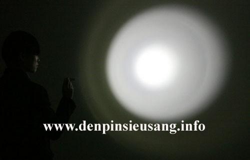 Đèn pin siêu sáng siêu nhỏ CREE USA K33