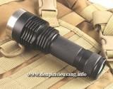 Đèn pin chiếu xa I5 với thiết kế độc đáo, chiếu xa 300m, thân đèn bằng hợp kim nhôm siêu dày chống nước tốt, độ sáng siêu khủng 1200lm và hộc pin 26650 tiện lợi. Thông số kĩ thuật: – Mã sản phẩm: I5 – Led: CREE XM-L2 T6 – Độ sáng: 1200 lumen – Chiếu xa: 300m – Kích thướt: 127mm x 45mm x 35mm – Trọng lượng: 155g – 3 chế độ sáng: […]<!-- AddThis Sharing Buttons below -->