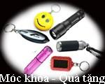 Đèn pin mini, đèn pin móc khóa, có thể in logo làm quà tặng