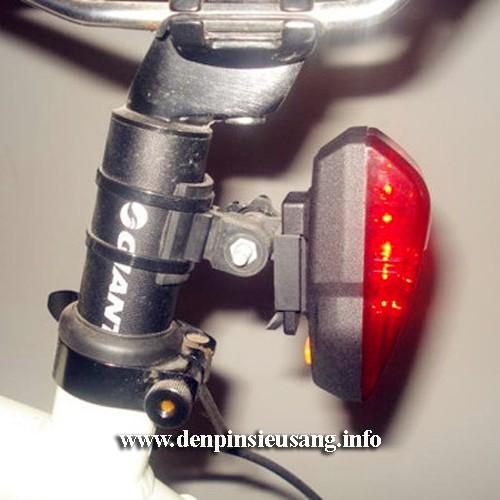 Đèn hậu xe đạp QY L06