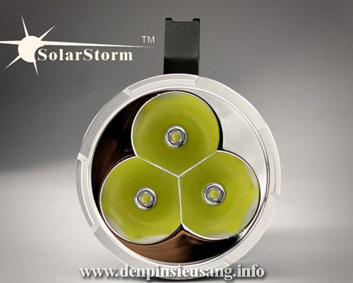 Đèn Pin Solarstom SP03