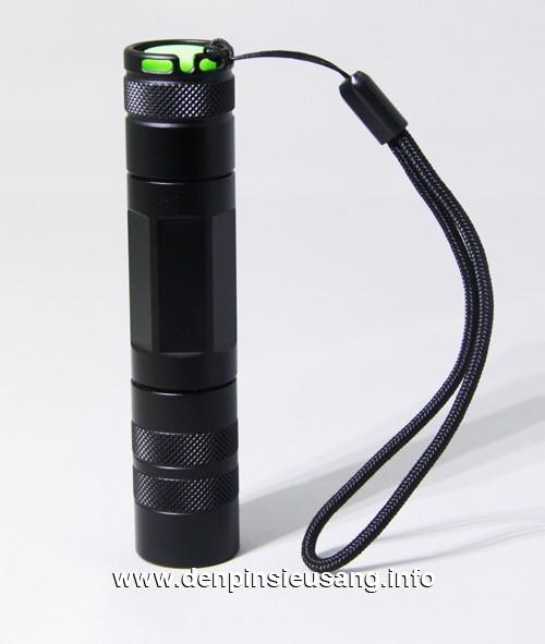 Đèn pin siêu sáng S3
