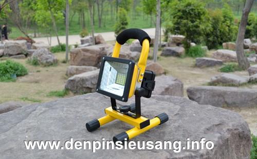den-pha-di-dong-2